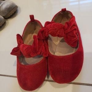 Cute Bow Gap Shoes
